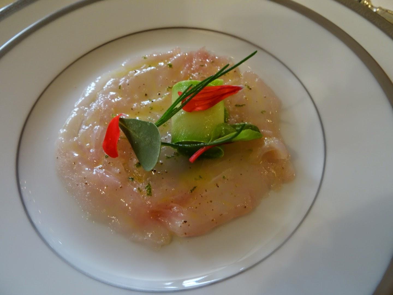 2 ème mise en bouche restaurant l'Ambroisie Paris 4 ème.