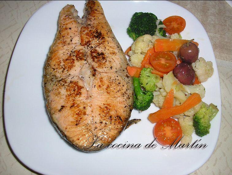 La cocina de mart n salm n a la plancha con verduras for Como se cocina el salmon