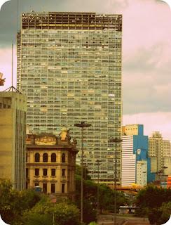 Mirante do Vale, Um Gigante no centro de São Paulo