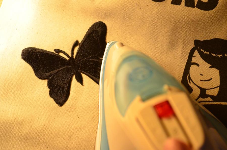 calcare aplicatie fluture cu fier de calcat