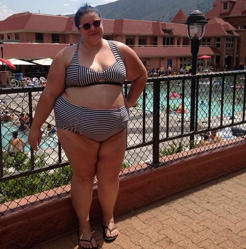 Rộ trào lưu phụ nữ béo diện bikini rồi tạo dáng chụp ảnh-3