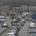 Trânsito congestionado na Felizardo Moura, por operação policial e caminhão quebrado