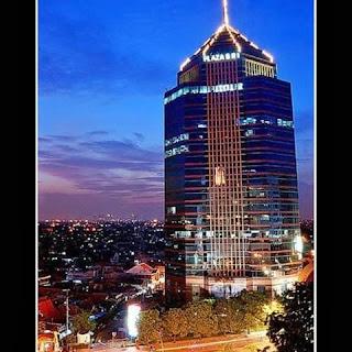 Gedung Plaza BRI Surabaya