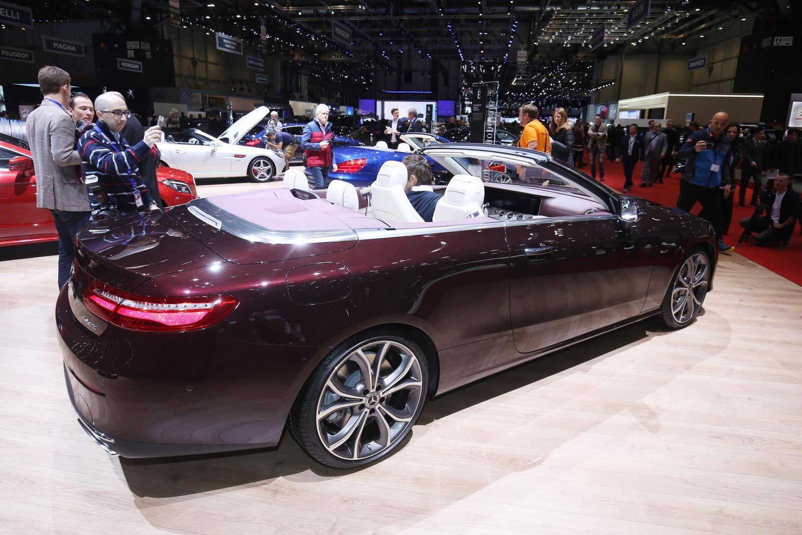 Spied! Next-Gen Mercedes-Benz CLS Shows off its Curves
