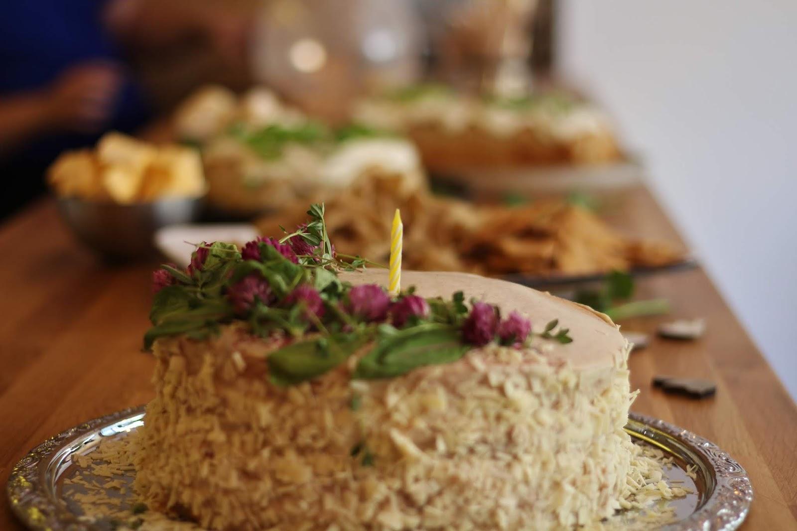 Kaunis Deligo Catering kakku