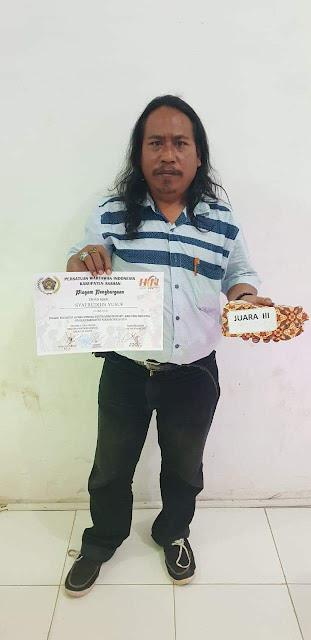 Syafruddin Yusuf Pimpred taslabnews.com peraih juara ke 3 lomba karya tulis