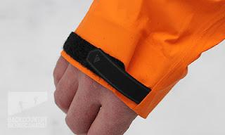 perekat pergelangan tangan