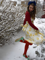 http://www.pollybland.com/2013/03/outfit-winter-overcomes-us.html