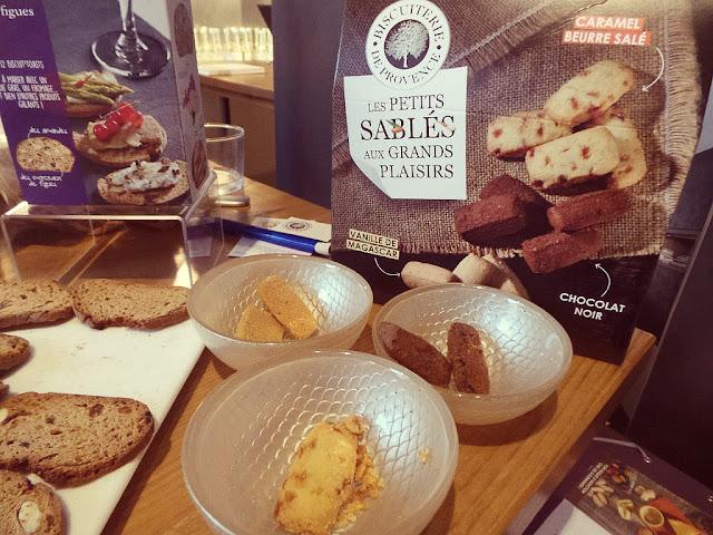 Brèves parisiennes découvertes gourmandes biscuiterie de Provence OCNI assaisonnement biscuit sablé vin IGP Vaucluse IGP Méditerranée chocolat La Maison du Chocolat bûche de noël