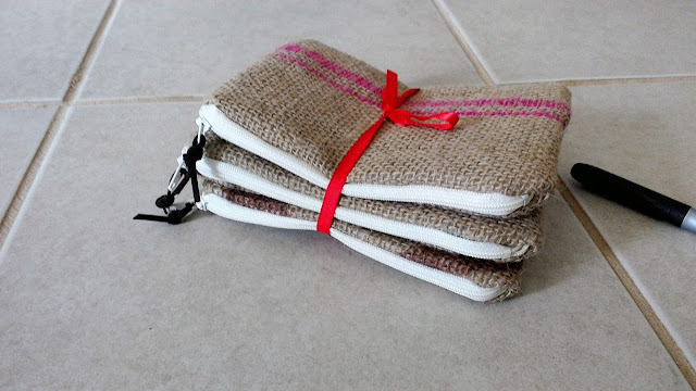 Burlap zipper pouches by Lina and Vi Handmade Michigan www.linaandvi.etsy.com