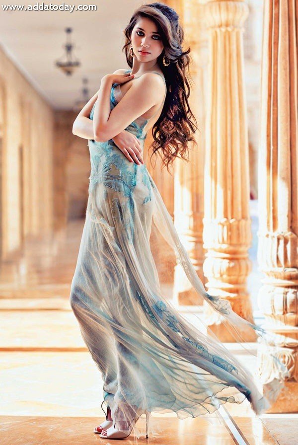 Sasha Agha Pakistani British Actress And Singer Very Hot -5799