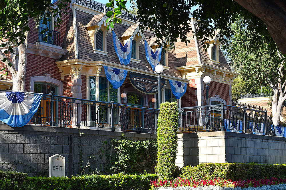 Travel,USA, Disneyland