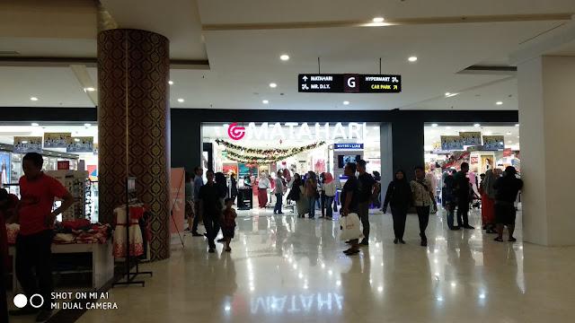 Desain interior Gress Mall (Gresik Mall) yang bagus di Gresik Kota Baru dekatnya MCD Gresik