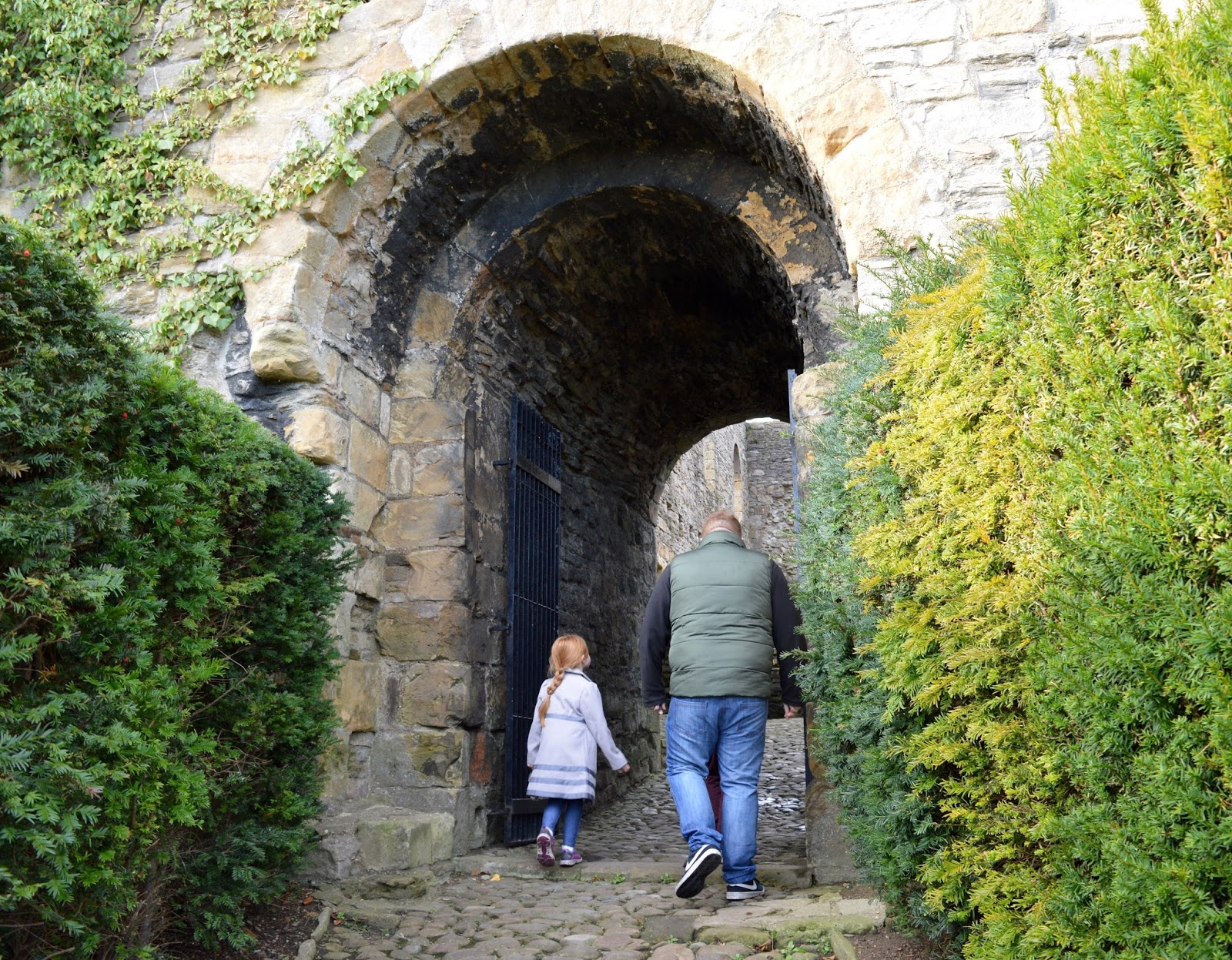 A weekend break in Richmond, North Yorkshire | What to do with the kids - English Heritage Richmond Castle - gate into secret garden