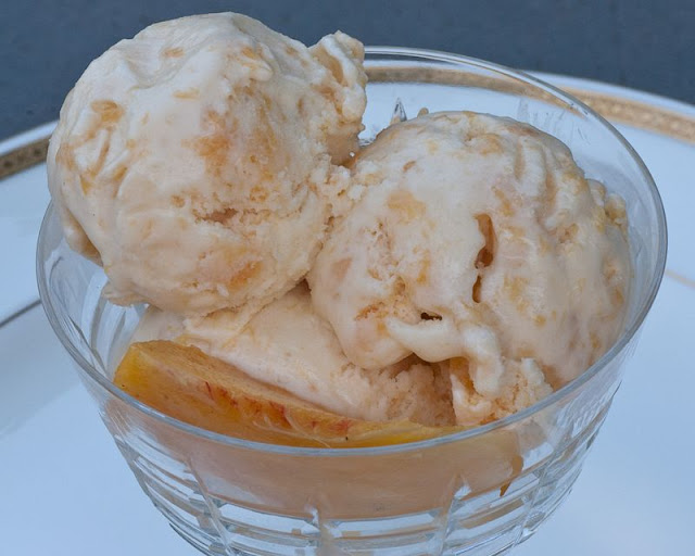 Aunt B's Campers Peach Ice Cream