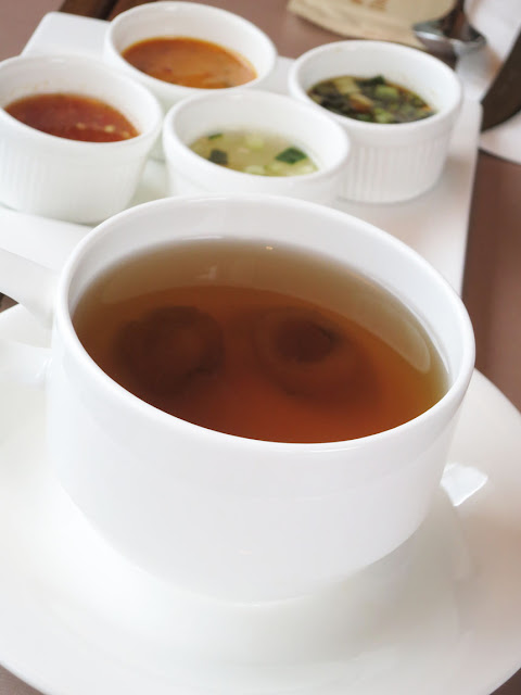 Herbert的飲食玩體驗: 泰燒遙 Thai on 5 Seafood Grill and Bar - 二人用泰式下午茶 ~ 甜辣交錯