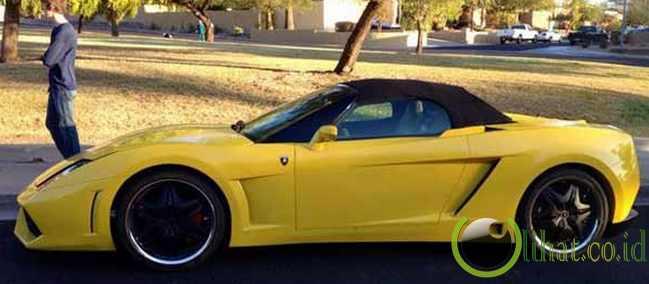 50 Gambar Mobil Lamborghini Aventador Terkeren: 10 Tiruan Atau Replika Mobil Lamborghini Terkeren