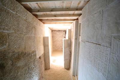 Στο φως αρχαία νεκρόπολη στη Γκίζα