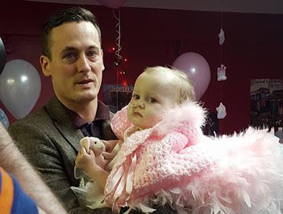 Pria Yang Menikah Bayinya Sendiri Umur 16 Bulan