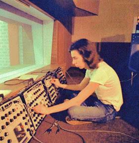 Michael Hoenig durante la grabación de Malesch (1972), el primer álbum de Agitation Free