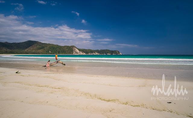 View pantai Tarimbang