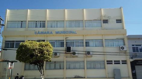 Em nota, presidente da Câmara de Vereadores de Delmiro Gouveia se solidariza com os delmirenses na luta pela reabertura da Fábrica da Pedra