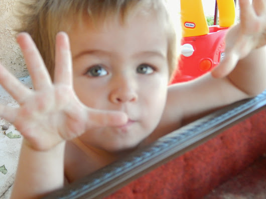 5 Ways to Help your Toddler's Imagination Grow