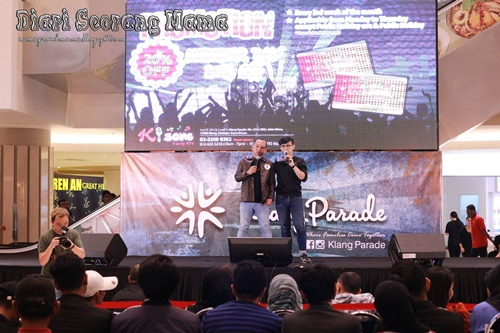 Kehangatan Pertandingan Karaoke 1Min2Fame Vol.2 di Klang Parade