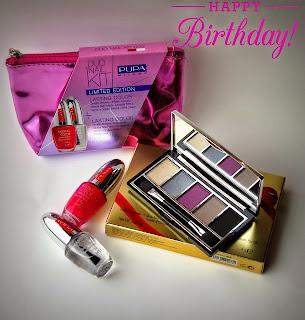 http://bellettomake-upandbeautyblog.blogspot.it/2014/11/compleblog-giveaway-festeggiamo-insieme.html?showComment=1415804016149#c2556097300018550221