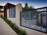 Tips To Build Modern Minimalist Home Fence Design