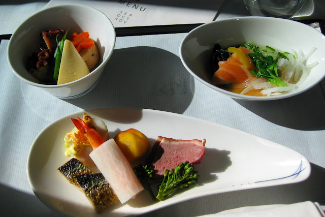Business class meal aboard ANA Dreamliner