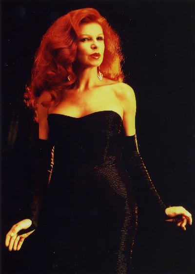 98e9b087b04 Η Ιταλίδα τραγουδίστρια και ηθοποιός Μίλβα (κατά κόσμον Μαρία Ίλβα  Μπιολκάτι) γεννήθηκε στις 17 Ιουλίου 1939 στο Γκόρο. H Μίλβα έγινε διάσημη  διεθνώς από τη ...