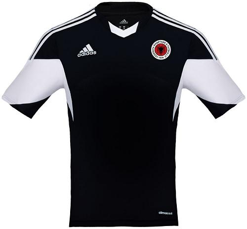 bd3b0b41bb Adidas fecha patrocínio com o seleção da Albânia - Show de Camisas
