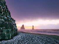 Eksotis Banget Ini 7 Pantai Berpasir Hitam Terindah di Dunia