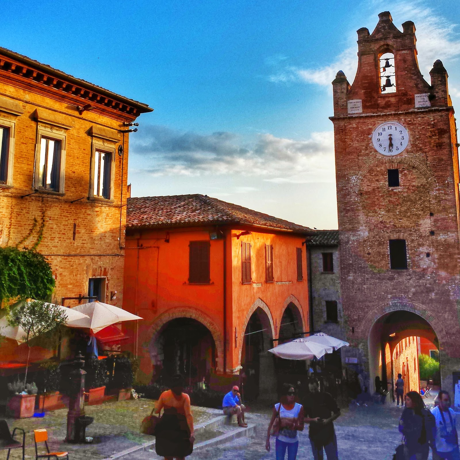 Gradara, Italy: 10 Destination Photos on Instagram that Make You Want to Travel