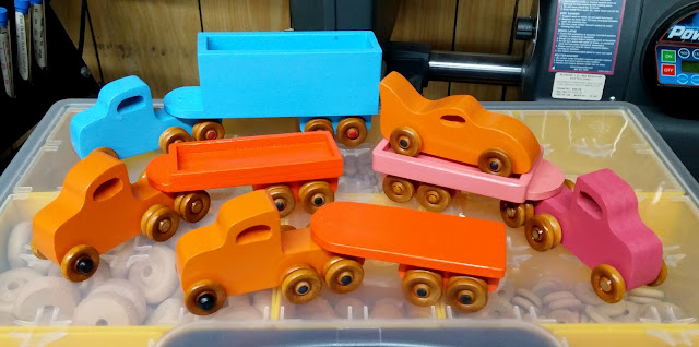 Wooden Toy Trailer Truck Fleet With Bat Car - Orange - Pink - Blue