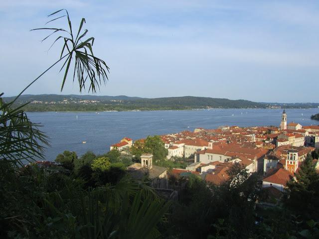 Arona Vista dall'Alto