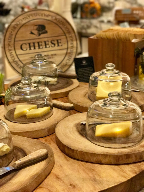 Epicurean, Burswood, cheese boards