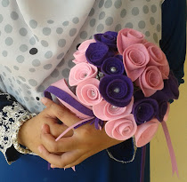 Hand Bouquet by Asip