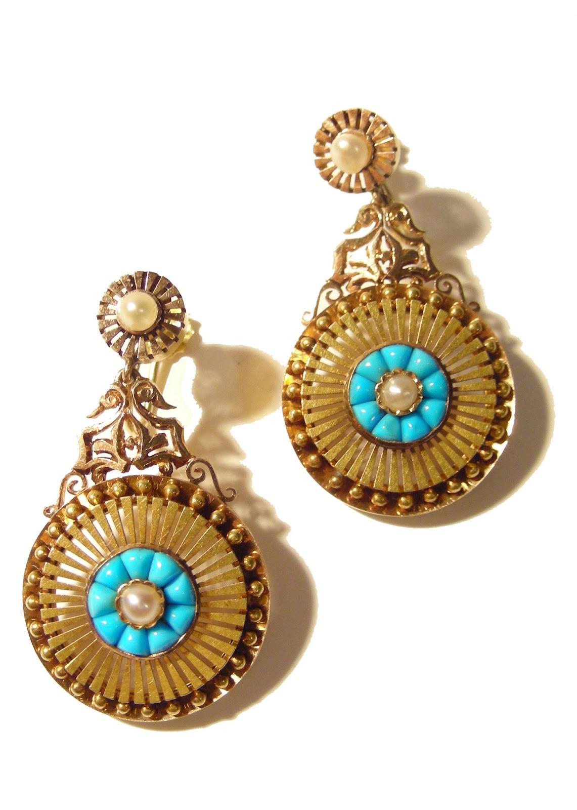 Latest Design of Gold Earrings - Latest Design Updates