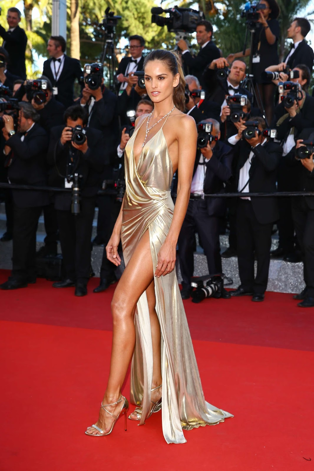Izabel Goulart Cathtivated