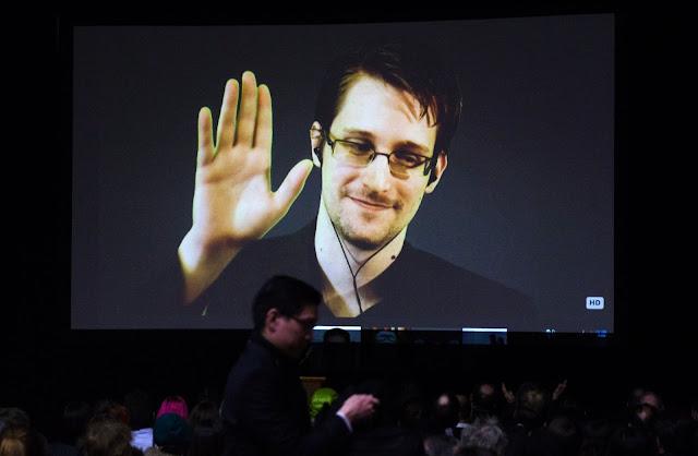 O dia em que Edward Snowden se apresentou ao mundo - Parte 2