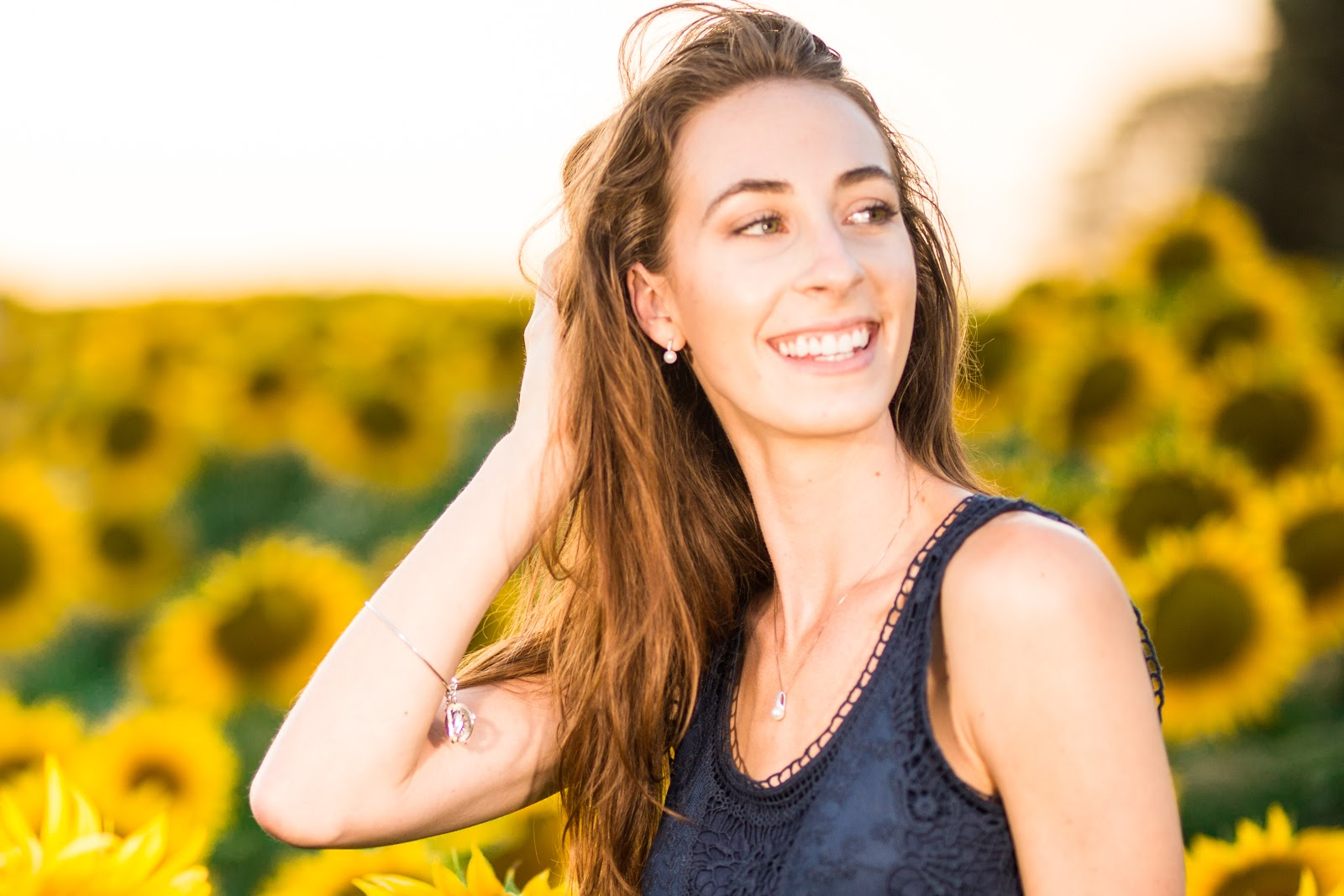 Morgan Pashen sunflower field photoshoot