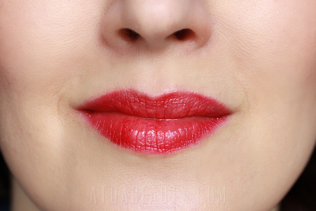 Oriflame Giordani Gold Jewel Lipstick Red Attraction
