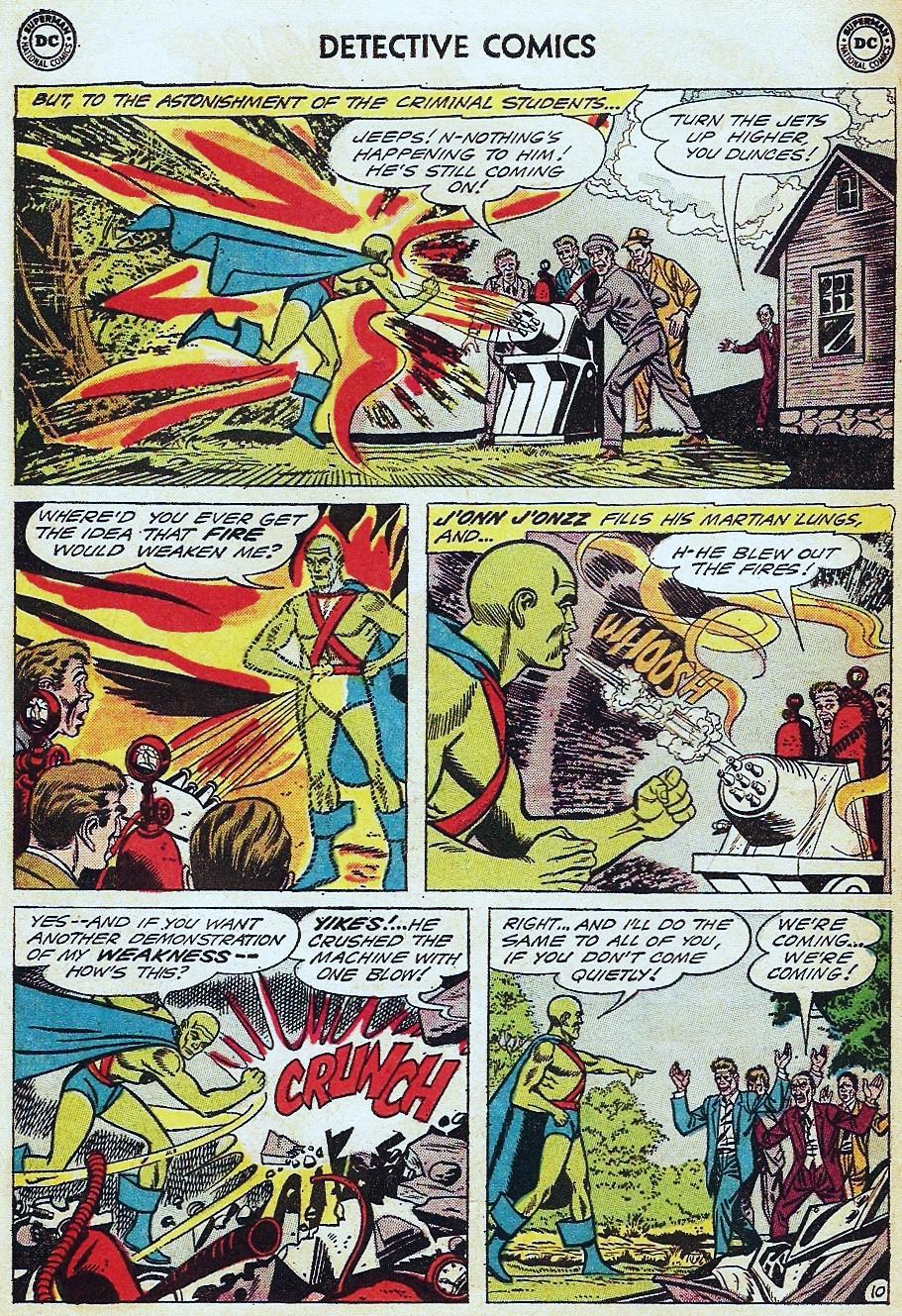 Detective Comics (1937) 304 Page 29