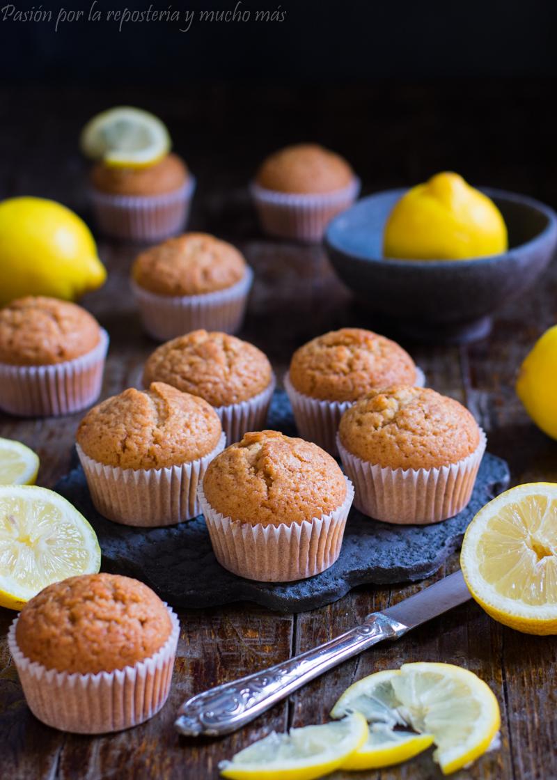 Magdalenas de miel y limón