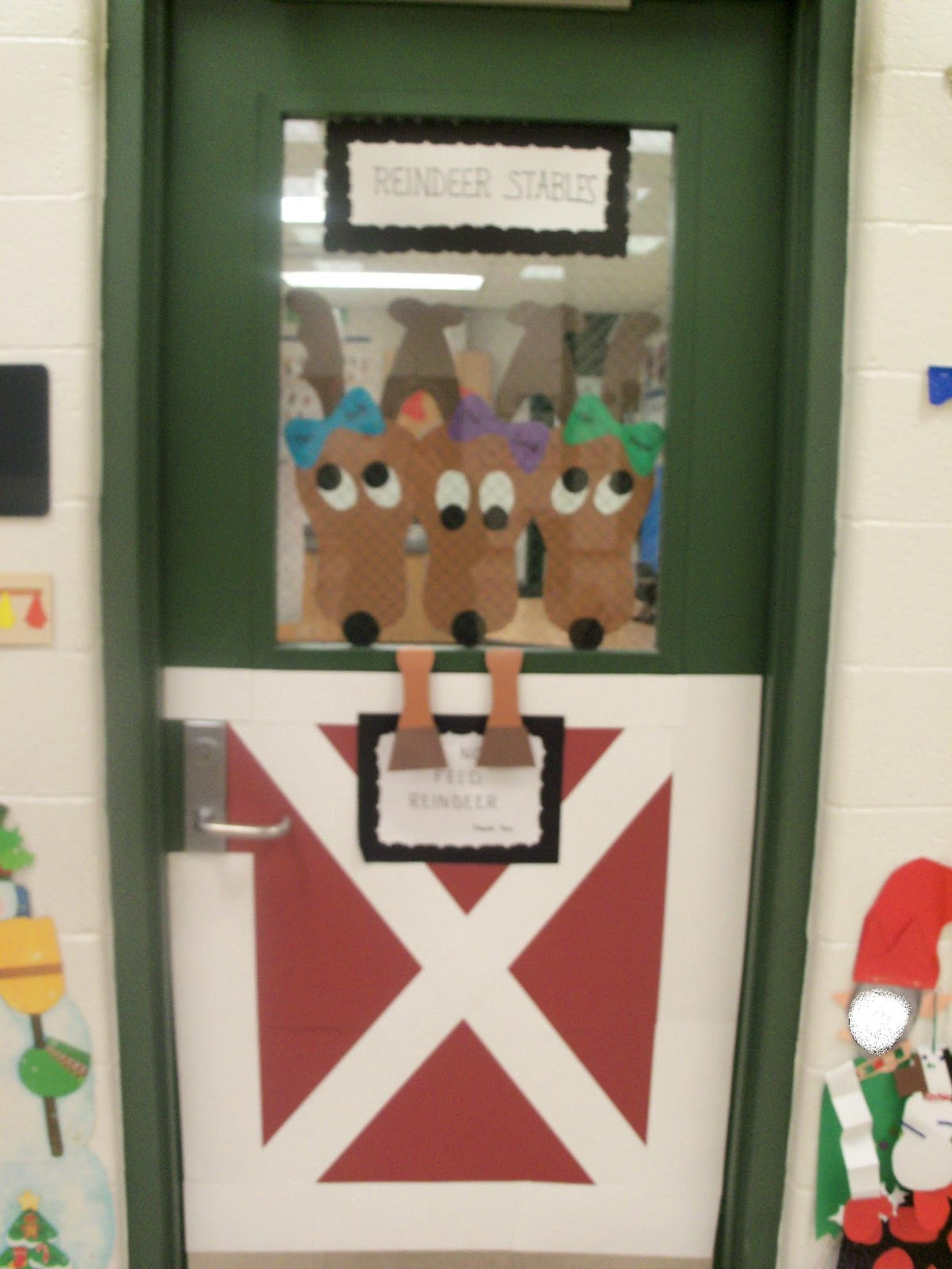 reindeer christmas door decorating ideas sharpened pencils ...
