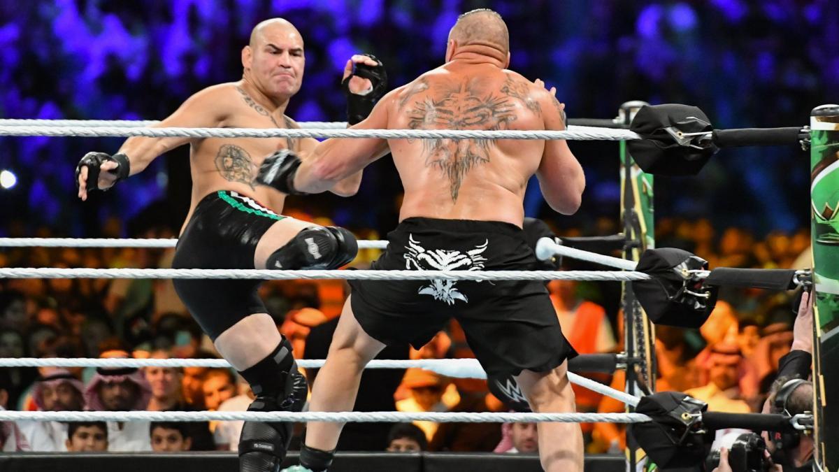 Cain Velasquez confirma sua participação no Royal Rumble Match