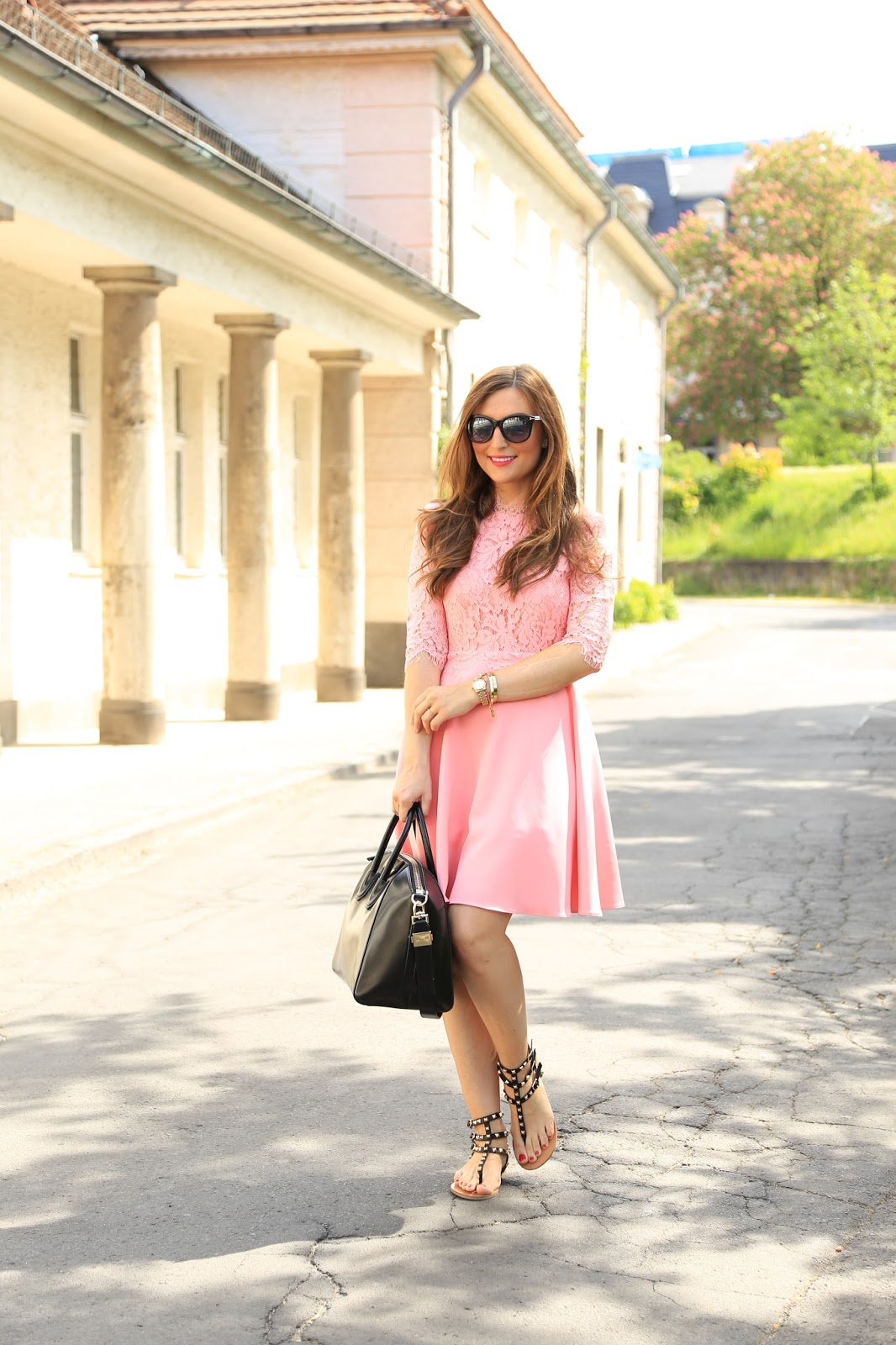 Blogger aus Frankfurt - Blogger in Sheinside - Sheinside Kleider