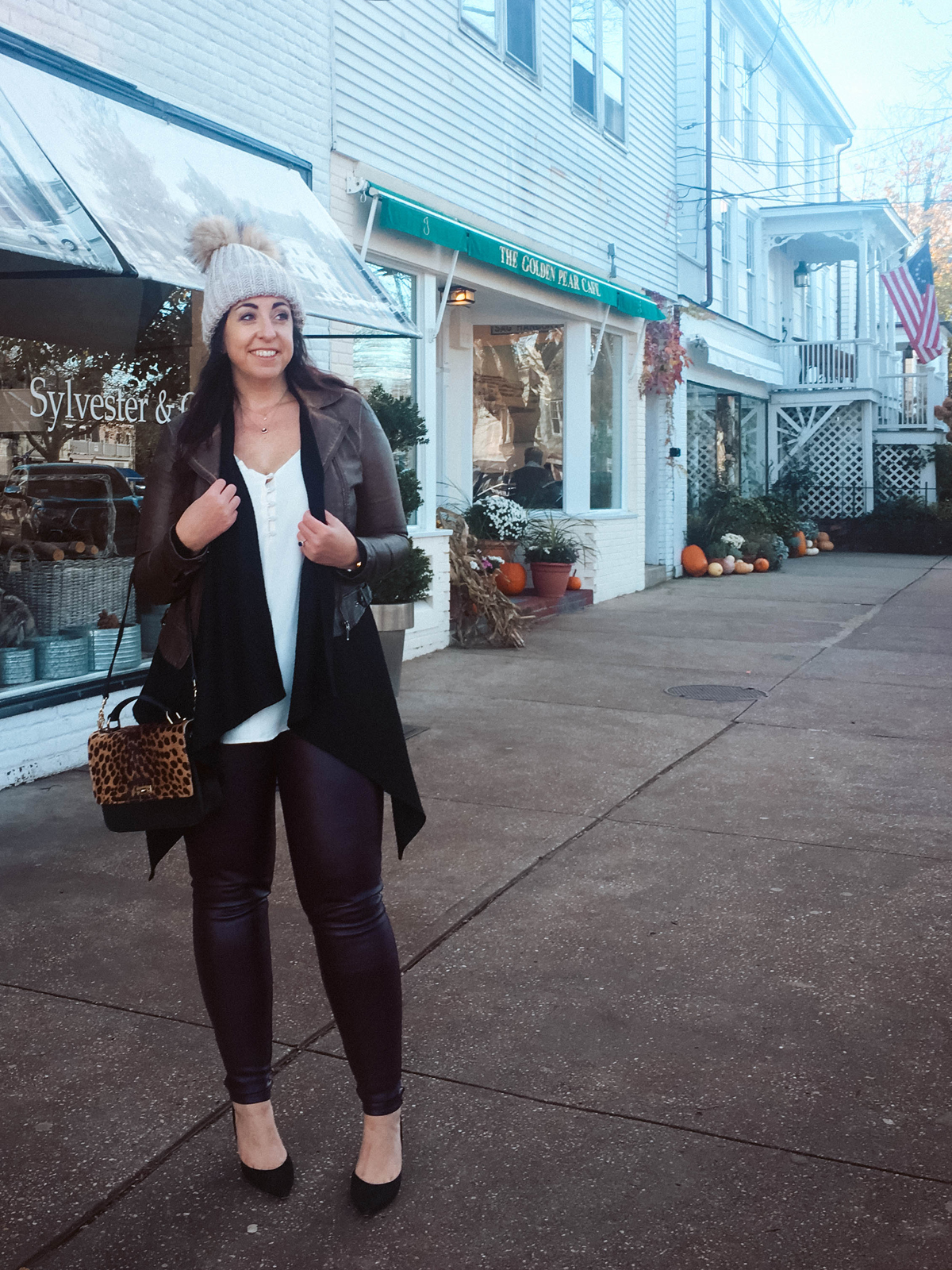 OOTD: Leather Leggings for the country :: Effortlessly with Roxy